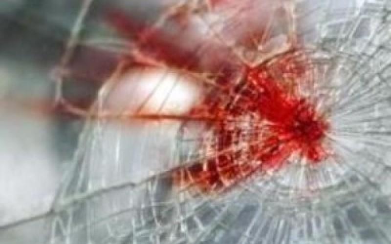 NESREĆA KOD PRIBOJA Automobil sleteo sa puta i zakucao se u stenu, stradala žena