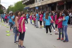 "Maturantski ples ispred ""Kifle"", (video)"