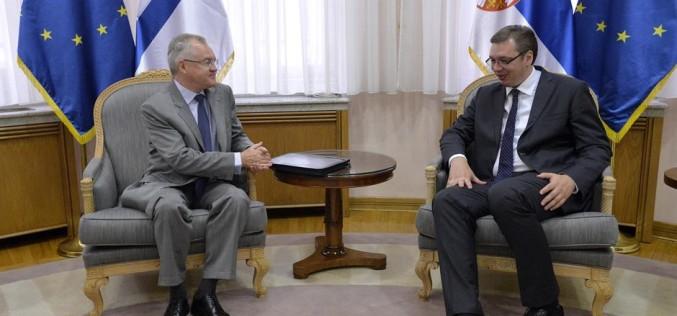 Vučić i finski ambasador o ulaganju SISU-a u FAP