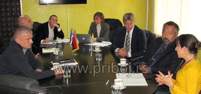 Zmenik šefa misije OEBS u Srbiji Majkl Ujehara u poseti Priboju