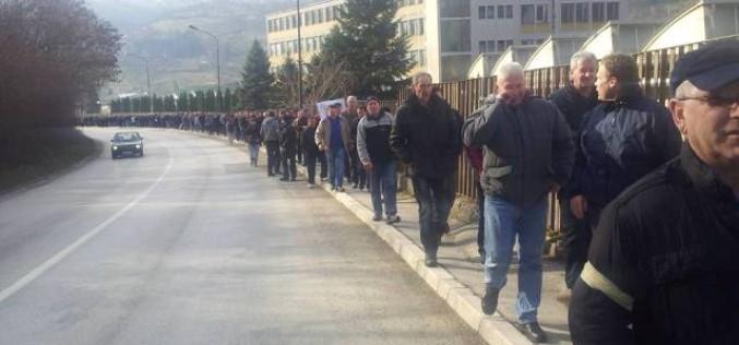Bivši radnici FAP-a prihvatili rokove o isplati plata i otpremnina i zapretili tužbama