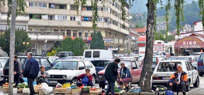 TUŽNA SLIKA U PRIBOJU: Nekad ponosni radnici, a danas mole za hranu