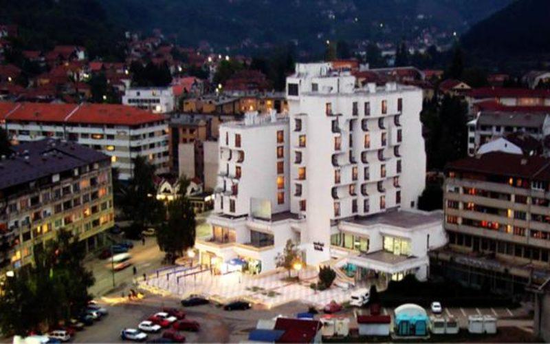 Izdaje se hotel Lim