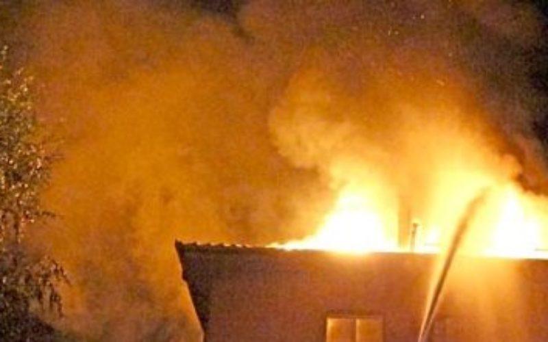 POŽAR U PRIBOJU: Vatra progutala dva stana