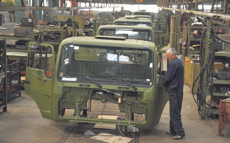 FAP oslobođen dugova proizvodi kamione za vojsku