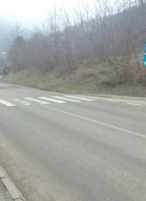 Sigurnosne kamere otkrile vozača koji je kolima udario devojčicu